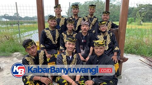 Saat Angklung Ki Ageng Joyokaryo Sawahan Tampil di Kandang Macan
