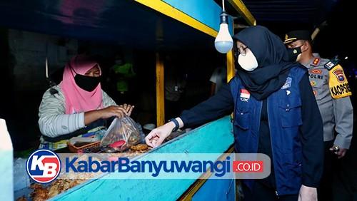 Selain Siapkan Bantuan Uang, Banyuwangi Gerakkan PNS Borong Warung/PKL Selama PPKM Darurat