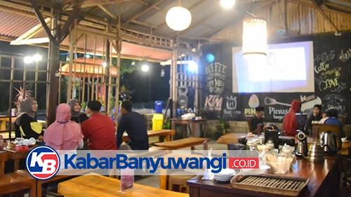 Menikmati Sensasi Ngopi Asyik Bernuansa Klasik, di Kafe Terminal Songgon