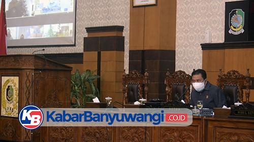 Bupati Ipuk Sampaikan Rancangan KUPA-PPAS Perubahan APBD 2021 di Paripurna DPRD Banyuwangi