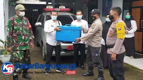 TNI dan Polri Kawal Ketat Distribusi Vaksin Covid-19 di Banyuwangi