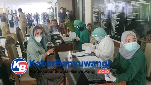 Pimpinan dan Anggota DPRD Banyuwangi Disuntik Vaksin Dosis Kedua