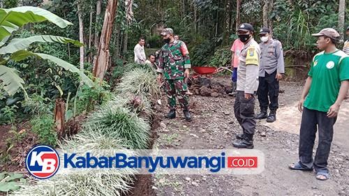 Tanah Retak Sepanjang 10 Meter Terjadi di Songgon Diduga Dampak Banjir
